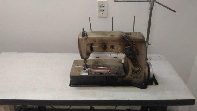 Máquina de costura industrial galoneira Union Especial