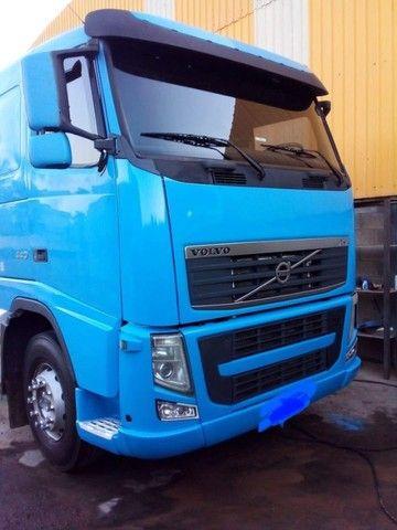 caminhão volvo - Foto 3