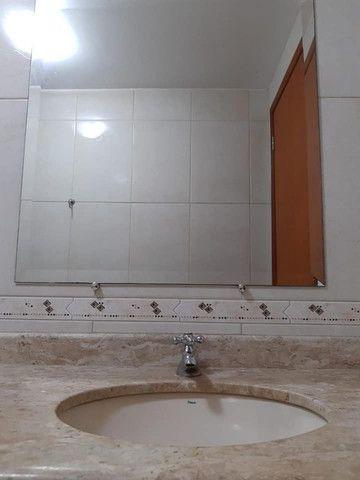 A RC+Imóveis aluga um excelente apartamento no centro de Três Rios - RJ - Foto 18
