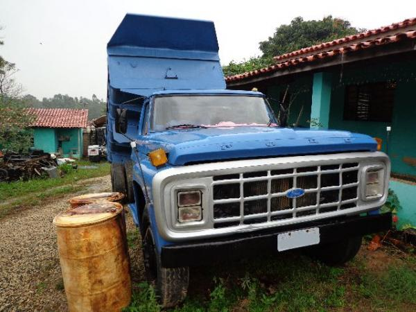 FORD F 600 1972</H3><P CLASS= TEXT DETAIL-SPECIFIC MT5PX > 1 KM | DIESEL</P></DIV><DIV CLASS= OLXAD-