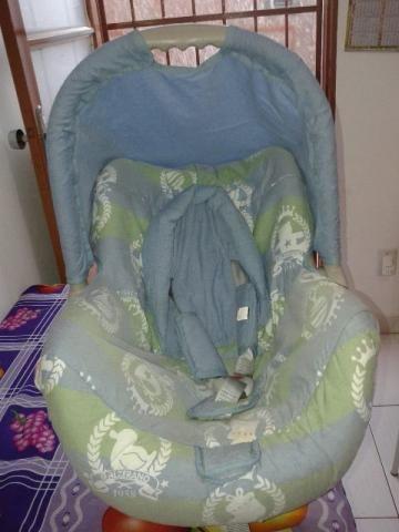 Bebê conforto galzerano semi novo