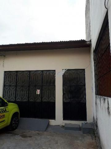 Casa com 02 quartos Proximo a Av Tamandare na Passagem Moura Carvalho cidade Velha