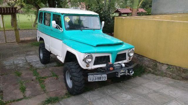 Ford Rural Willys 4x4 reduzida com guincho 6 cil