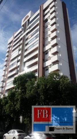 Apartamento  com 3 quartos - Bairro Centro em Rondonópolis