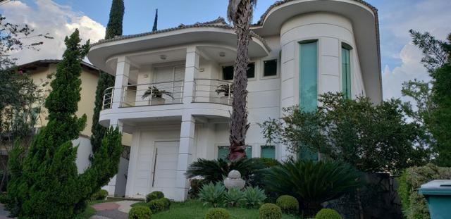 Sobrado 5 suítes para aluguel no Jardins Mônaco