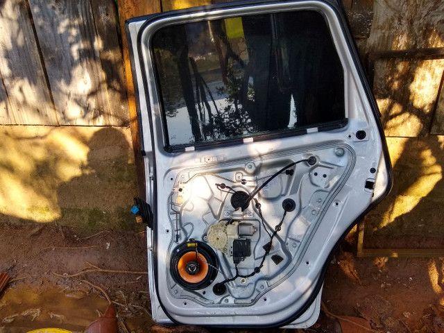 Portas e capo traseiro de polo hatch 2006 $ 700,00 TUDO