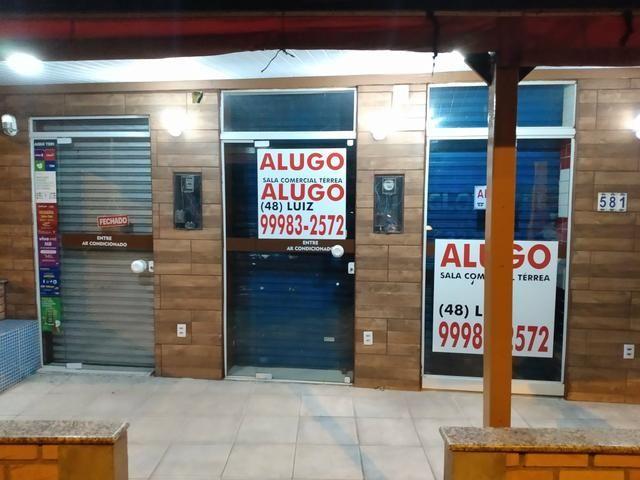 Alugo excelente sala comercial térrea na rua geral da agrônomica - Foto 13