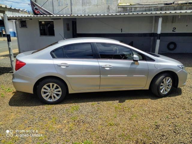 Honda New Civic 1.8 LXS - 14/14 - Foto 5