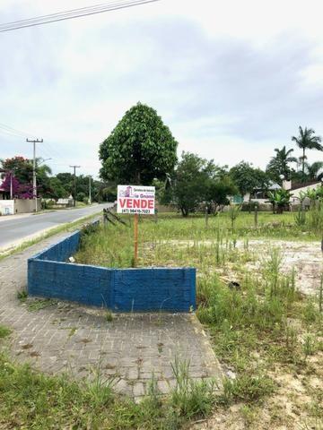Vende-se terreno com excelente localização na Praia de Itapoá
