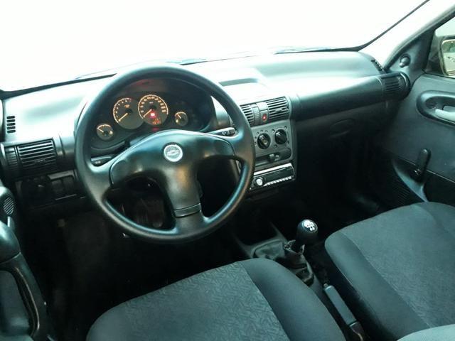 Corsa Sedan Spirit com ar condicionado e direção hidráulica, revisado, conservado - Foto 11
