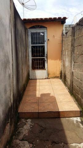 Alugo um barracão com 3 quartos - Foto 5