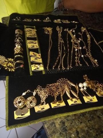 Passo jóias pra revenda