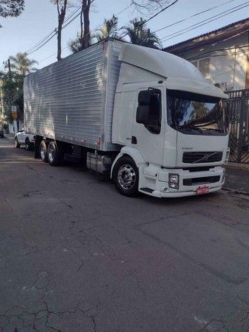 caminhão volvo - Foto 2