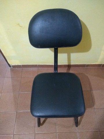 Cadeira e Nicho organizador para esmaltes