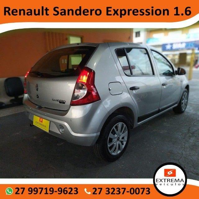 Renault Sandero Expression 1.6 - Foto 4