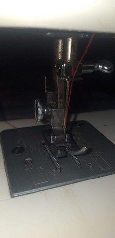 Máquina de costura Elgin. - Foto 3