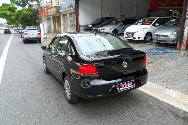 Volkswagen Voyage 1.0 Flex 2011/2011 - Foto 4
