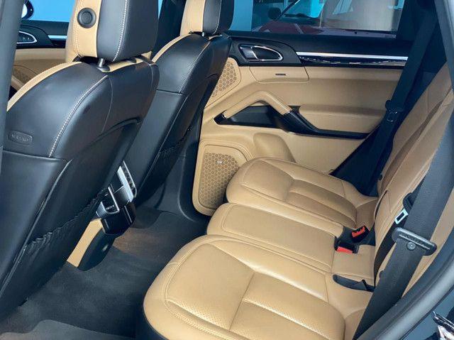 Porsche Cayenne S Platinum Ed e-hybrid 2018 leia o anúncio todo - Foto 11