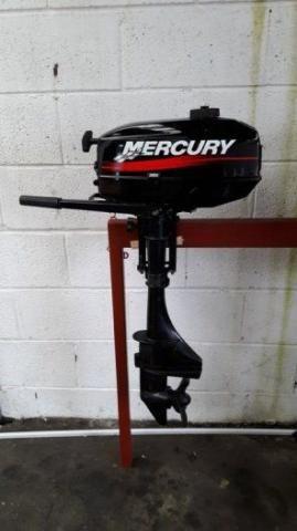Motor de Popa Mercury 3.3-HP Ano-2003