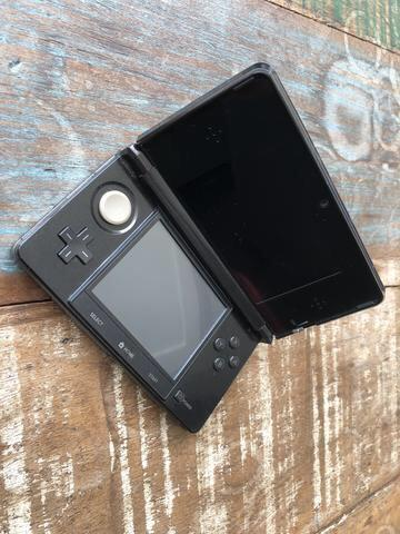 Nintendo 3DS Seminovo (Na caixa) + Super Mário 3D Land