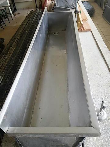 Lavatório de mãos em aço inox tamanho industrial