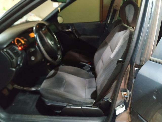 Vectra GLS 2.2 ano 2000 - Foto 12
