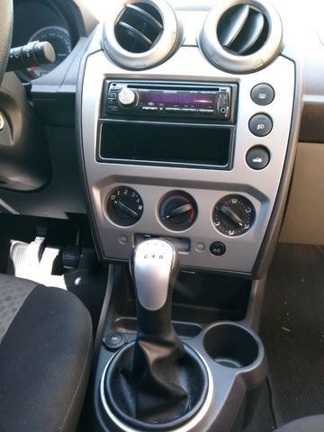 Ford Fiesta 2014 1.6 - Foto 4
