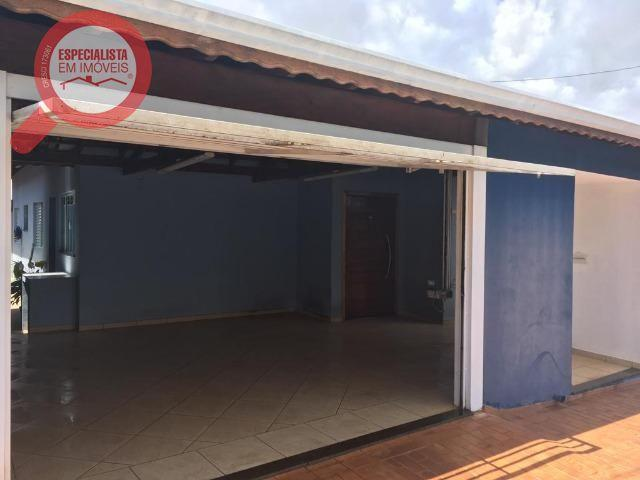 Casa com 2 dormitórios à venda, 120 m² por R$ 340.000 - Centro - Botucatu/SP