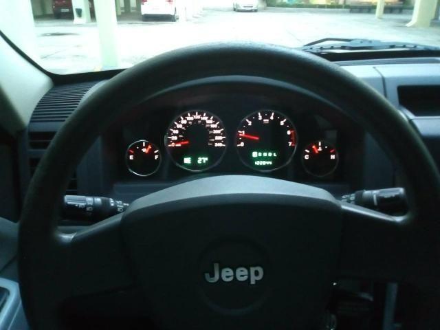 Jeep Cherokee - Foto 6