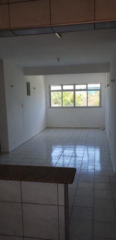 Apartamento na tabuba Pecém 80m2 com piscina - Foto 2