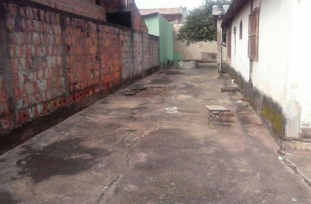 Casa com barracao em aparecida de goiania - Foto 6