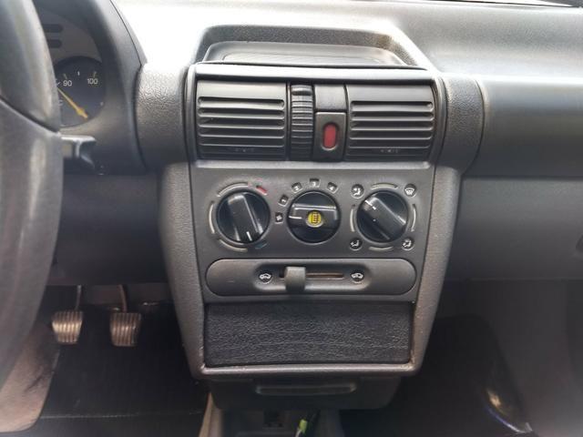Corsa sedan Super 1.0 8v ano 1998 - Foto 9
