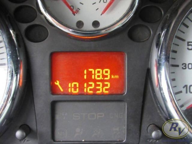 PEUGEOT 207 2011/2012 1.4 XR 8V FLEX 4P MANUAL - Foto 4