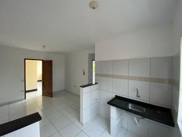 Aluga-se apartamento tipo Kitnet no Pitimbu - Foto 2