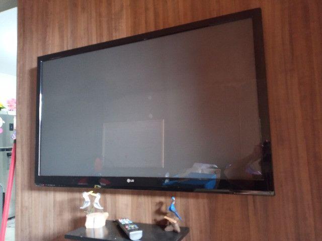 """Tv lg 32 """" vc compra e ganha painel da foto - Foto 2"""