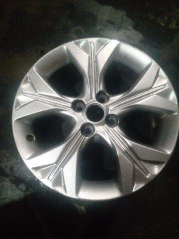 Vendo roda 16 do Onix novo