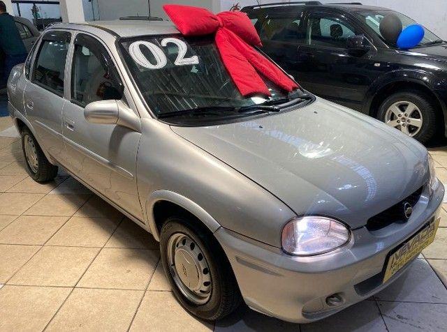 Chevrolet Corsa Sedan 2002 1.0 Gasolina Milenium Básico Prata Estudo Troca e Financio