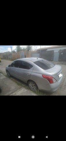 Nissan versa  - Foto 2