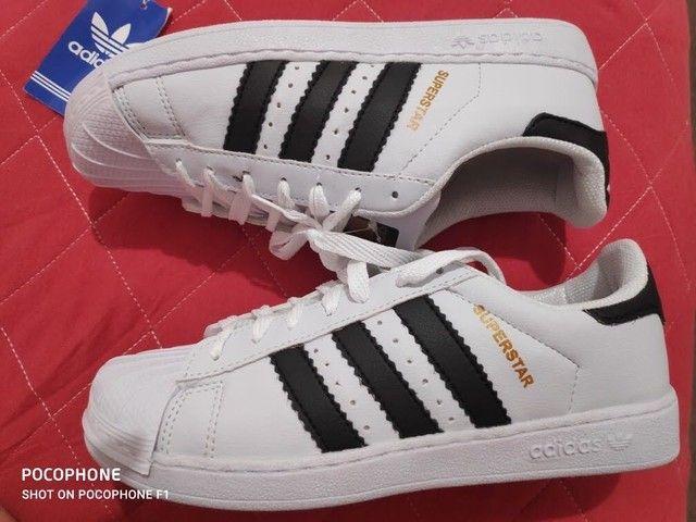 Adidas número 35