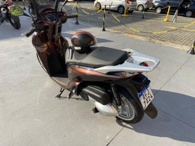 Honda SHI 300 Estado de Zero Pouco Rodada - Foto 3