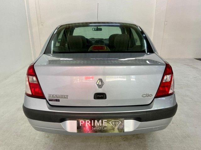 Renault Clio Sedan 1.6 Privilege 2005/2006 - Foto 5