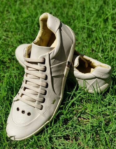 Sapatos de Marcas - Foto 2