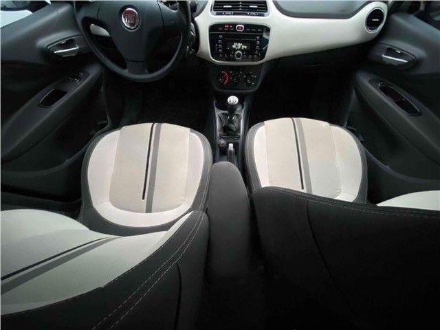 Fiat Punto 1.6 Essence  - Foto 11