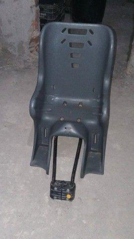 Cadeirinha traseira para bicicleta preço negociavel - Foto 2