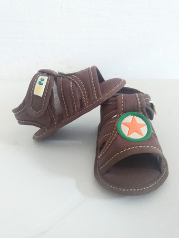 Sandálias linha baby