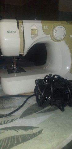 Máquina de costura Elgin. - Foto 4