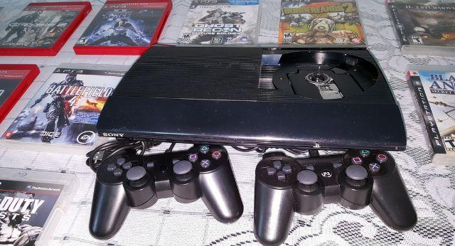 PS3 Super Slim 500GB + 13 Jogos Originais