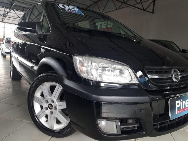 Gm - Chevrolet Zafira Elite