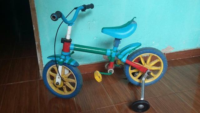 Bicicletinha triciclo muito boa 70 reais