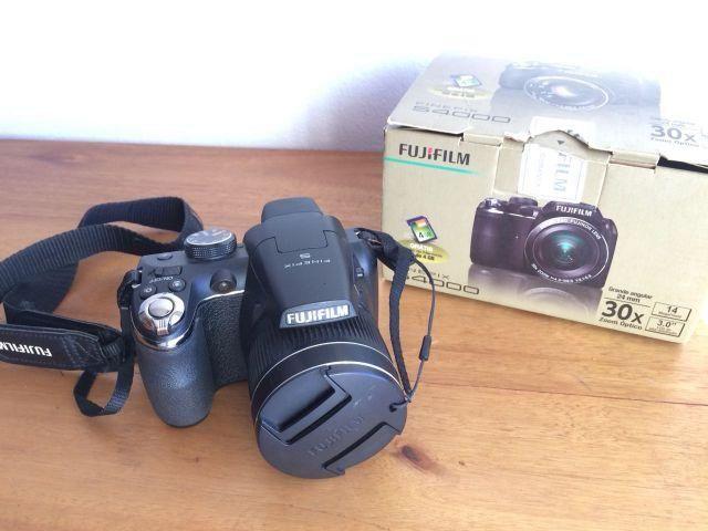 Câmera Fujifilm S4000 + Caixa + Pilha + Tampa